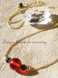 バルティックレッドアンバー(琥珀)とブラックスピネルのネックレス