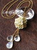 紫陽花とムーンストーンのフリンジネックレス