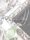 Silver925/潤いマスカットグリーンプレナイトの1粒ネックレス