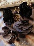 アコヤ真珠とフラワータッセルのピアス(ブラック)