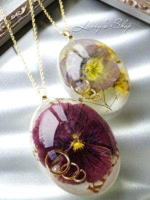 画像2: Real flower accessory*ビオラとパールモチーフのネックレス
