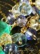画像4: コロンビア産マロンカットエメラルドと小粒Gemのデザインピアス (4)