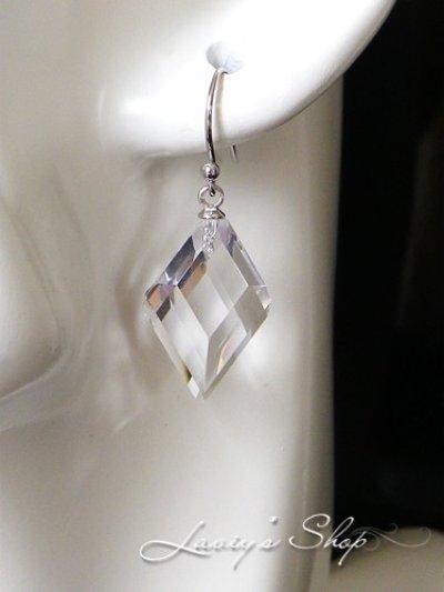 画像3:  ステップカット水晶の1粒ピアス