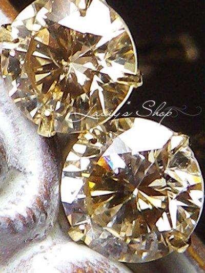 画像2: VS-2の輝き!/K18ベリーライトイエローカラーダイヤモンドのスタッドピアス